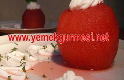 Böğürtlenli Elma Tatlısı Tarifi | Yemekgurmesi
