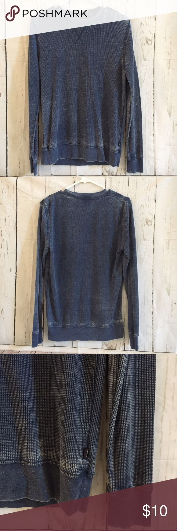 Adam Levine Thin Wash Thermal Adam Levine Thin Wash Thermal. Longsleeve. Lightweight and not heavy material. Cotton polyester blend. Used a handful of times. Slight polling on bottom band. Slim fit small. Color is a slightly lighter blue than shown in pic. Adam Levine Shirts Tees - Long Sleeve