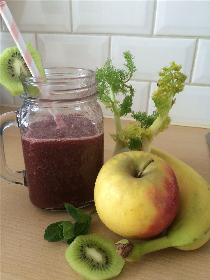 Slow Juicer Kiwi : 17 beste afbeeldingen over sapjes en smoothies op Pinterest - Sapcentrifuge recepten, Juicers en Sap