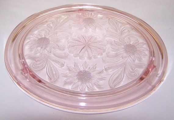 Clear Depression Glass Cake Plates | Pink Jeanette Glass Footed Cake Plate - Daisy - Depression Glass