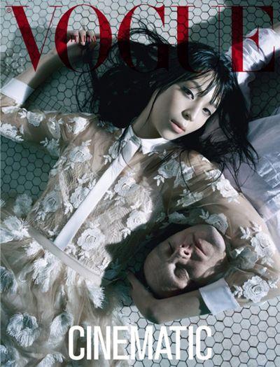 ファッション写真家 Steven Meisel (スティーヴン・マイゼル)、『Vogue Italia』の最新エディトリアルで物議を醸す – THE FASHION POST [ザ・ファッションポスト]