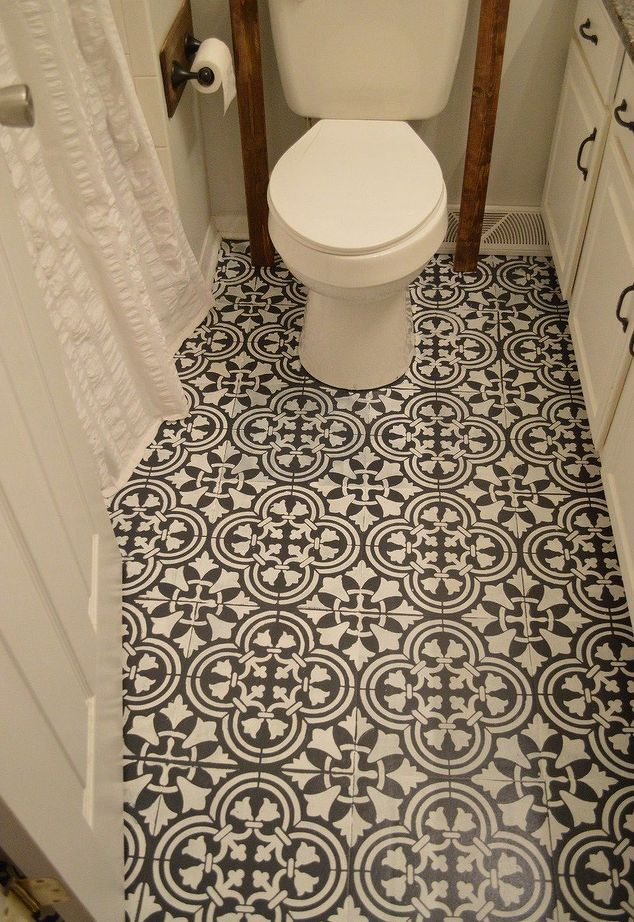 chalk floor paint with stencil, chocolate solid, ivory stencil.