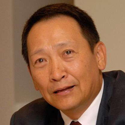 Roger Wang Net Worth $3 B As of September 2013 Follow (22) At a Glance  Age: 64 Source of Wealth: retail, self-made Residence: Nanjing, China Country of Citizenship: United States Education: Bachelor of Arts / Science, Chinese Cultural University; Master of Business Administration, Southeastern Louisiana University Marital Status: Married Children: 2 Forbes Lists  #166 Forbes 400 #108 in 2012 #353 Billionaires #115 in United States