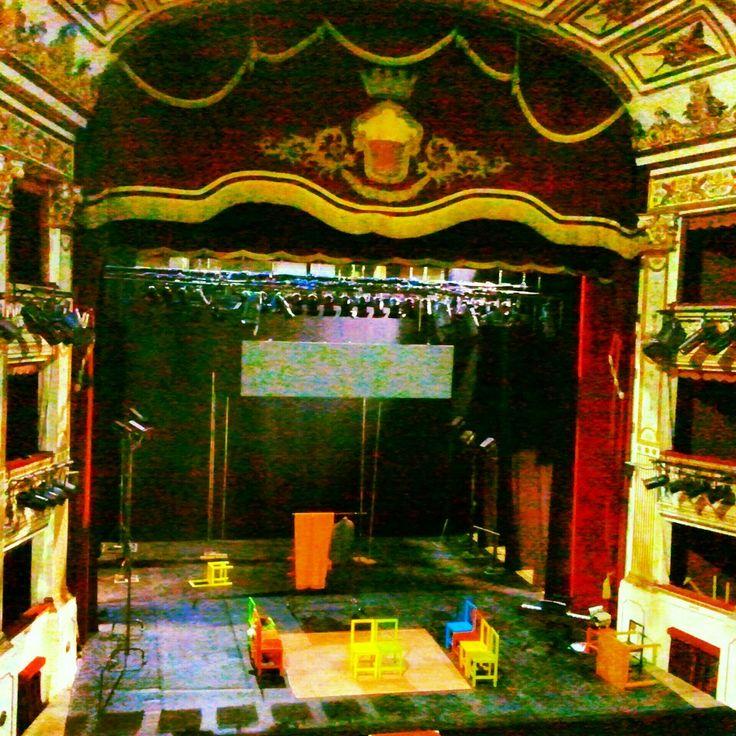 Teatro Mercadante nel Napoli, Campania
