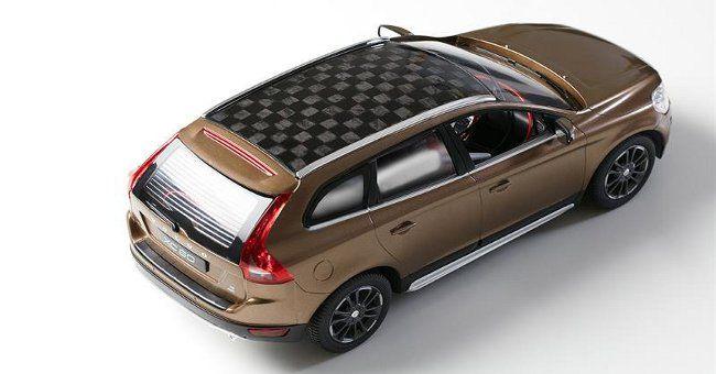 Mobilità: in Svezia prima auto con tetto e batteria a base di lignina