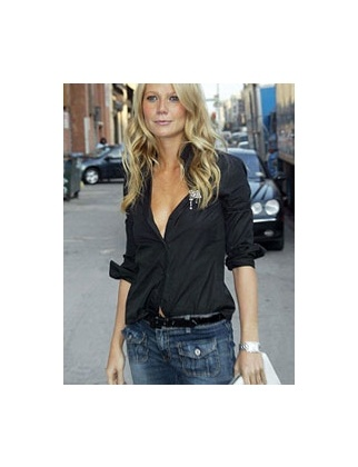 Gweneth.Black Buttons, Fashion, Gwyneth Paltrow, Style, Outfit, Jeans, Black Shirts, Denim, Black Blouse