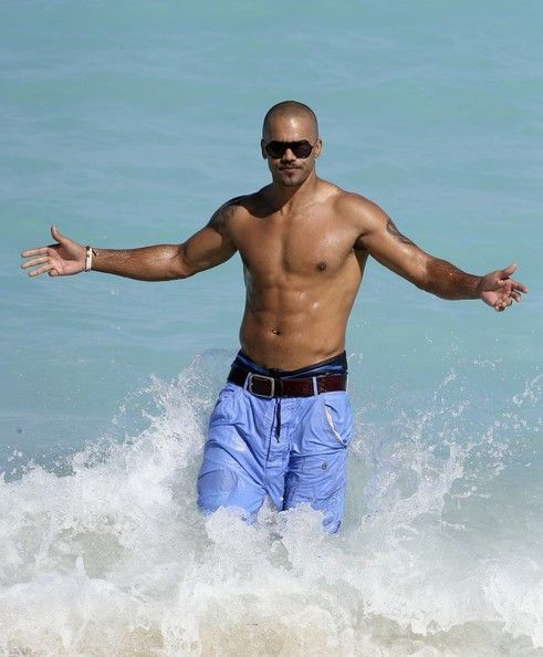 80 best images about shemar moore on pinterest sexy for Shemar moore back tattoo