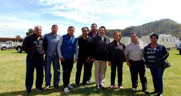 Ya Instaladas escuelas moviles en Campo Deportivo Metepec, para alumnos de Primaria Belisario Dominguez – Metepec Atlixco Puebla