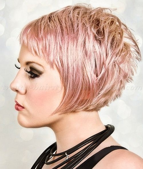best 25 layered bob haircuts ideas on pinterest wavy bob hair medium length layered bob and. Black Bedroom Furniture Sets. Home Design Ideas
