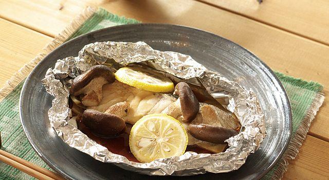 たらと生しいたけのホイル焼きのレシピ・作り方・食材情報を無料でご紹介しているページです。