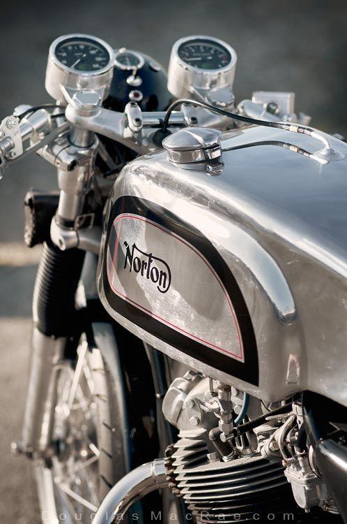douglas-macrae: Detail of my '71 Norton 750 Commando street...