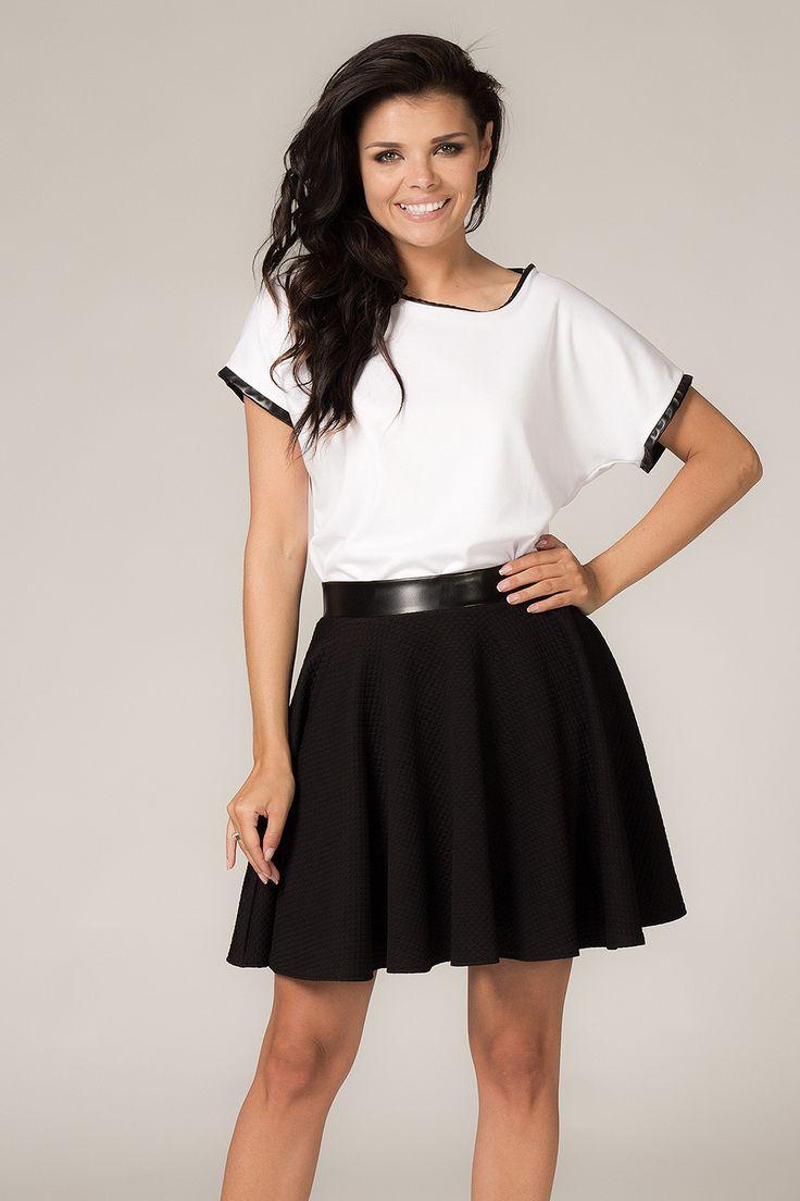 Aksamitnie biała bluzka damska
