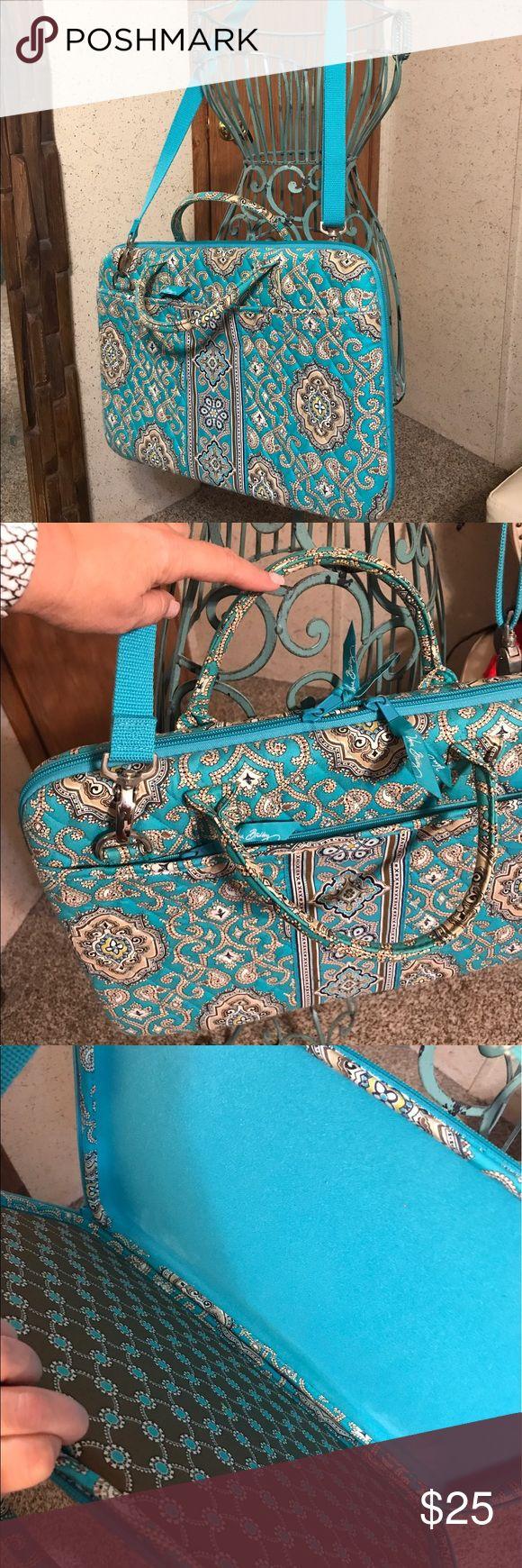 Vera Bradley laptop case Vera Bradley laptop case Vera Bradley Bags Travel Bags