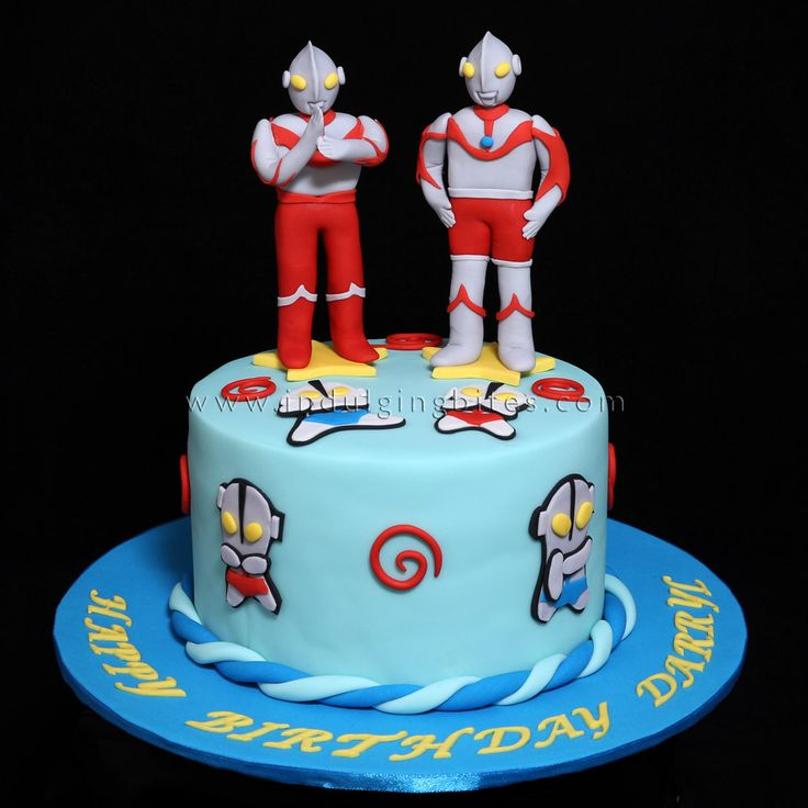 Ultraman Figurines Birthday Celebration Cake