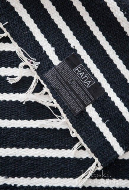 Navy rag rug, loveable | Puuvillamatot/ designer Ristomatti Ratia Ratia Aitta - Keski. - CASA Blogit