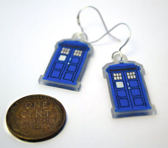 17 best images about swap pins on pinterest scouts girl for Decoration porte tardis