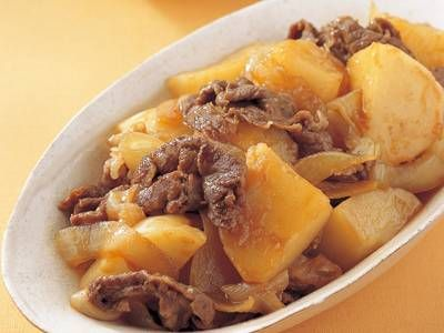 Niku Jyaga by 小林 カツ代 repeated NHK 2014July29.  Niku jyaga no moto is  3T shoyu, 1T mirin, 1T sugar. Start by fry onions (longer fried the sweeter), add beef, add sauce over  beef, mix little and cover beef with onions beneath, add potatoes, add 250cc water to cover veggies, simmer 10 minutes med high heat covered (no otoshibuta); mix in between. Letting stand awhile lets flavors sink in