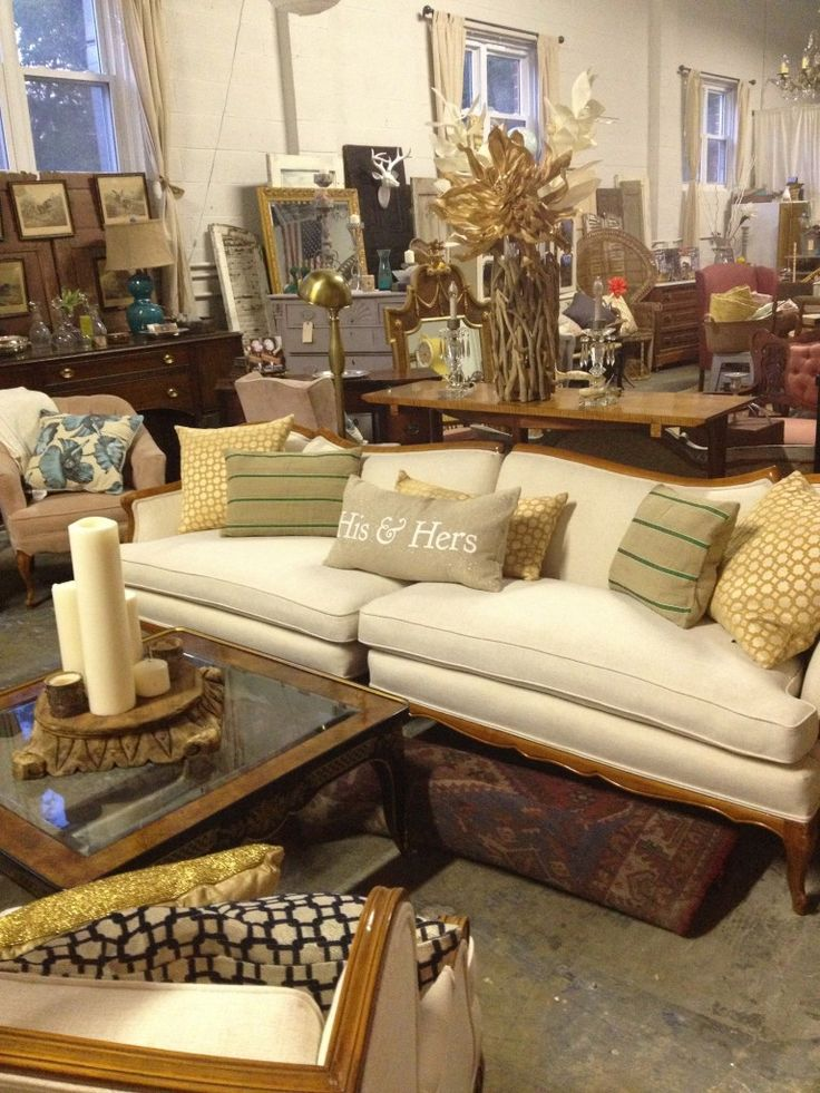 Stylish Patina, Rough Luxe, Vintage Furniture, Painted Furniture, Chalk  Paint, Falls