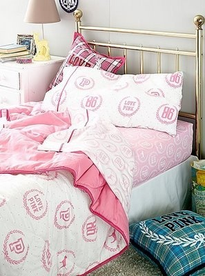 Victoriau0027s Secret PINK Reversible Twin XL Comforter Bedding And PINK Dogs