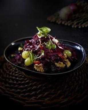 Scharfer Rote-Bete-Salat mit Trauben und Walnüssen Rezept - Chefkoch-Rezepte auf LECKER.de   Kochen, Backen und schnelle Gerichte