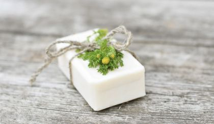 Come fare la lisciva per il sapone senza soda caustica fai da te! | Case da incubo
