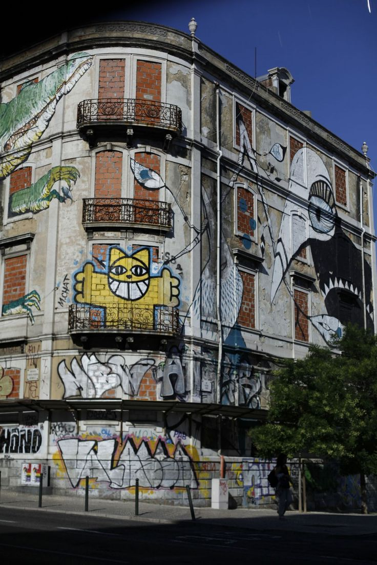 Best Street Art Images On Pinterest Street Art Couture And - Building in berlin gets transformed by amazing 137 foot tall starling mural