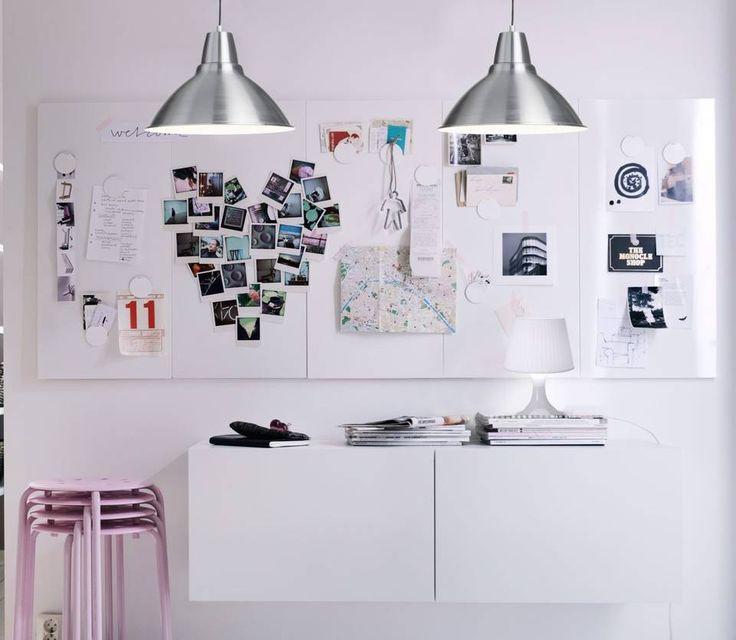MAGNETTAVLE: La ungdommen lage en veggehengt scrapbook som kan endre seg etter humør og smak. Fra Ikea.