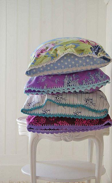 pillowcase stack: Pillows Cases, Pillowca Stacking, Purple Pillows, Crochet Trim, Crafty Pillows, Knits Patterns, Homemade Pillowca, Rose Hip, Crochet Pillows