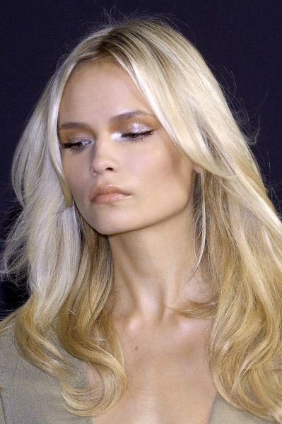 Natasha Poly at Donna Karan Spring 2009 _love this blonde.