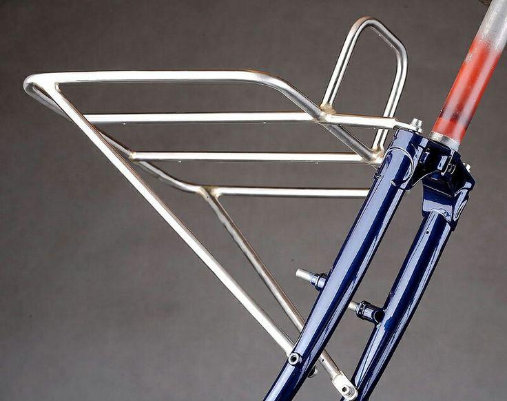 Pilisiecki gravel grinder rack & fork #custom #steel #handmade #handcrafted #bicycle #cycling #fixie #singlespeed #bespoke #porteur #bikerack #frontrack #framebuilding #customrack #silverbrazing #lugs #columbus #pilisiecki #vehicle #bike
