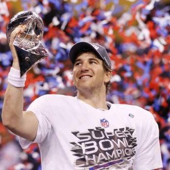 Best New York #Giants of All Time - Follow Us! Pinterest.com/Ranker #NFL #football #sports #sport #ESPN #NewYork #NY