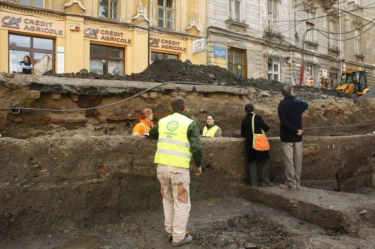 Sase orase sub Timisoara de astazi, descoperite in Piata Sf.Gheorghe