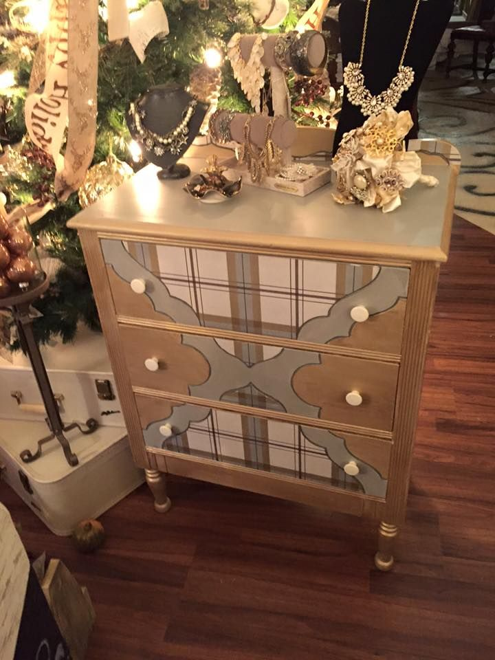 Secretly Shabby Painted This With Dixie Belle Mineral Paint, Driftwood,  Hurricane Gray, And