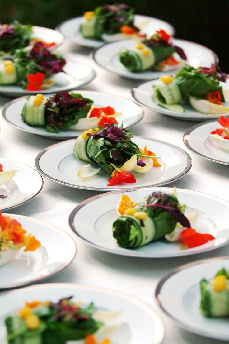 Cutting Edge Catering, your catering specialist for innovative monthly changing corporate & private luncheon specials, continental & hot breakfast buffets, box lunches, theme buffets, picnics, pig roasts, liquor service, full service elegant sit down dinners, unique banquet locations available.