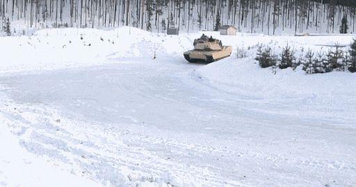 jeux olympiques d'hiver : l'équipe russe de char sur glace domine la discipline - Bretzel liquide, humour noir et photos étranges