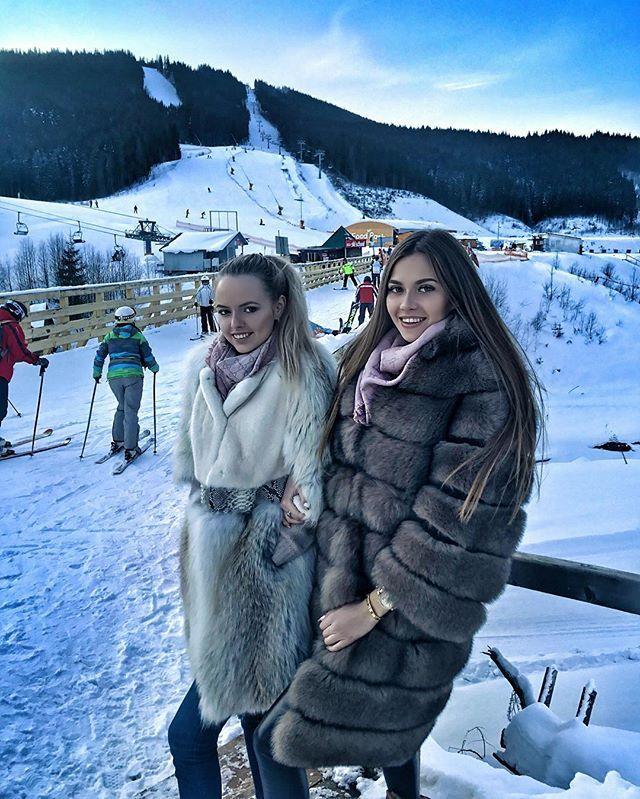 Моя красотка @veronika_chachyna 💙❄️💙 наши зимние каникулы в самом разгаре 🏘⛷☃️☃️☃️