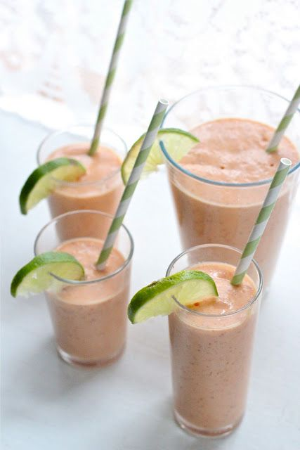 Papaya and coconut smoothie. Would be perfect in the summer, or if you lived in, oh, say, Florida?