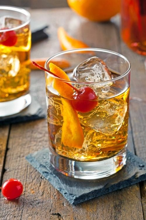 Old Fashioned, solo per veri duri  http://winedharma.com/it/dharmag/febbraio-2015/old-fashioned-cocktail-ricetta-storia-e-ingredienti-del-mitico-drink-americano