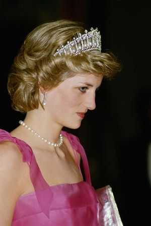 Princess Diana's Jewelry: Princess Diana Wearing the Cambridge Lover's Knot Tiara, 1985