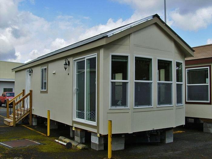 82 best park model trailers images on pinterest mobile for Cabin like houses
