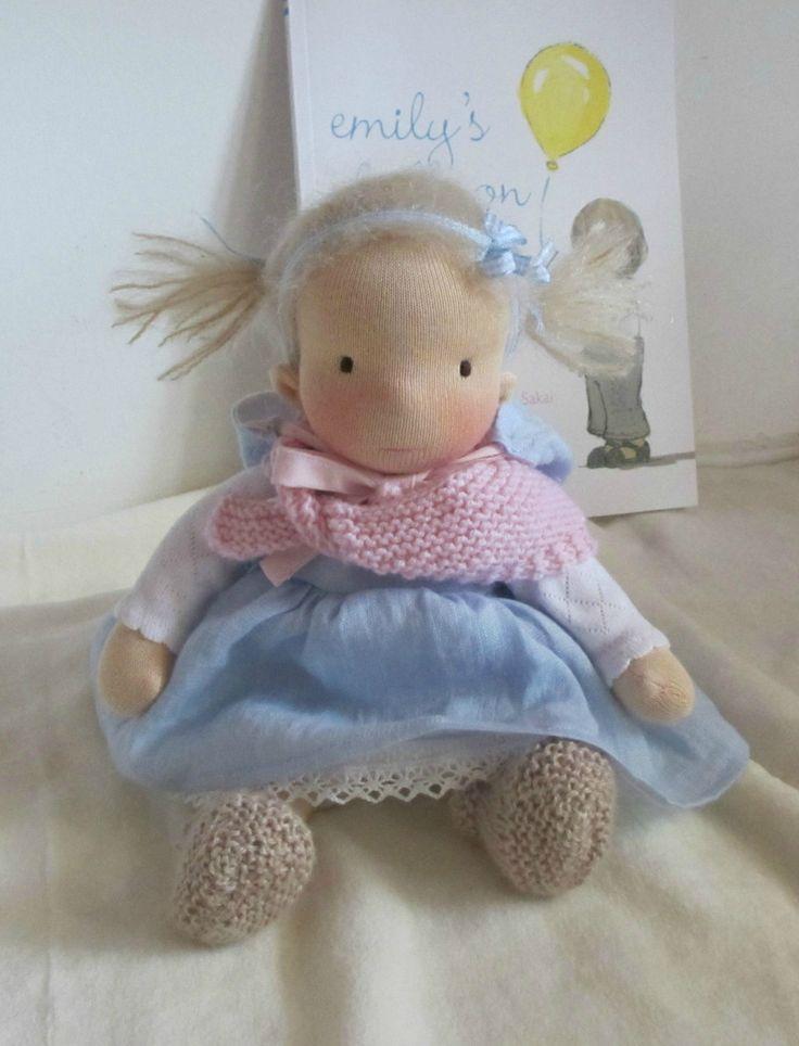 "waldorf inspired doll, Jinke, 9"" (23 cm) door Poppenina op Etsy"