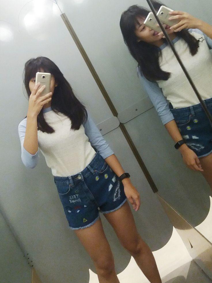 #monki #malaysia #outfit #denim #shorts