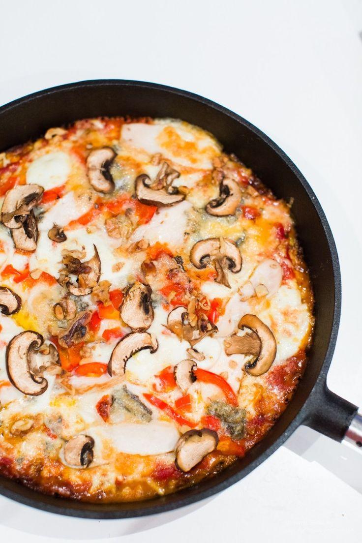 Gorgonzolapizza på blomkålsbotten