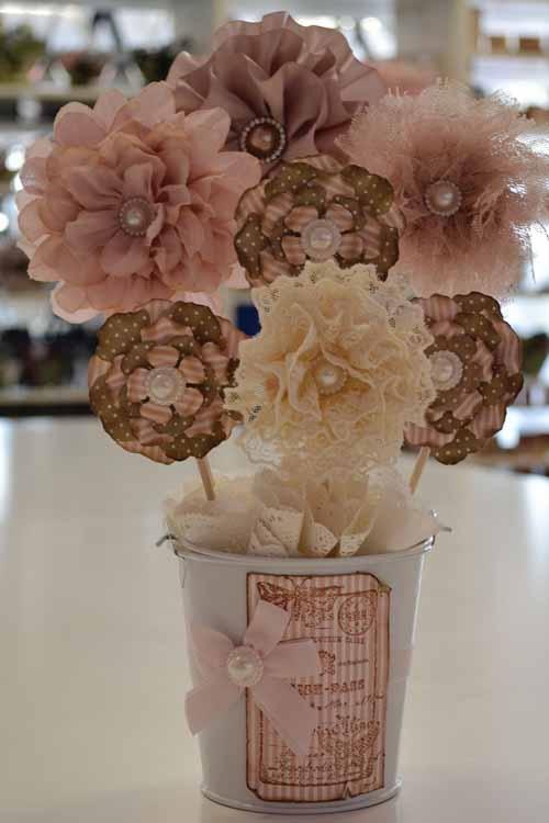 Spring Romance Flowers - Artist Mandii van Brussel