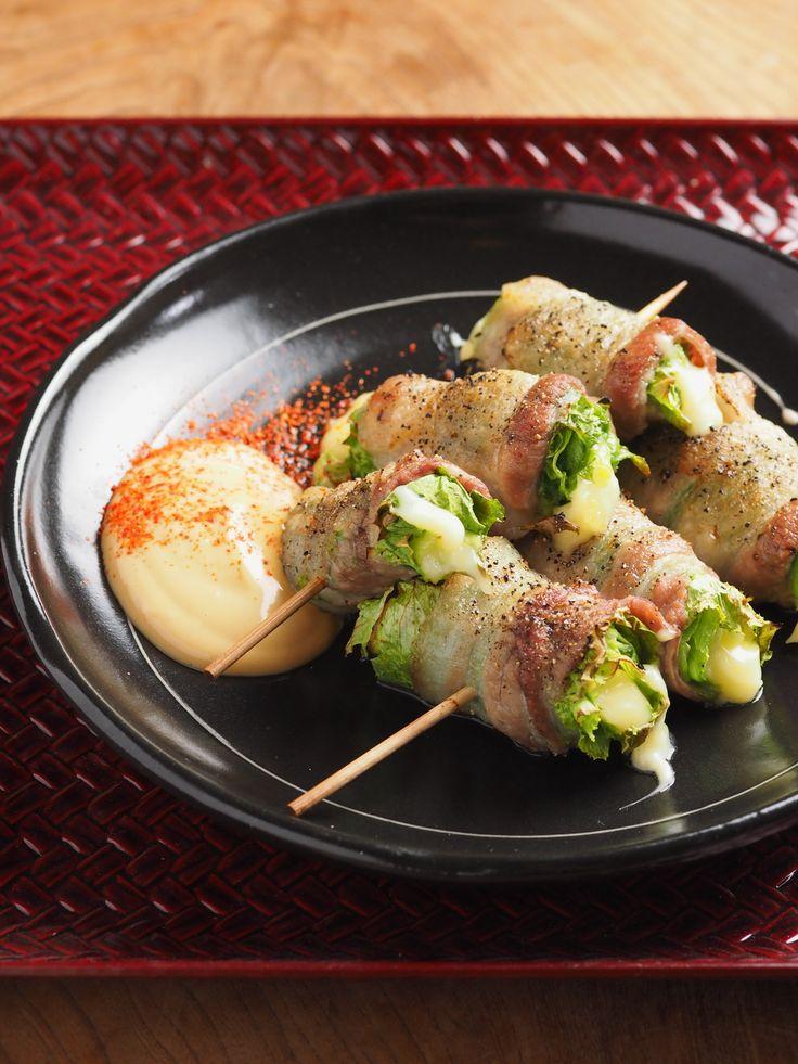 惚レタス焼き鳥、オイスターマヨ添え by 筋肉料理人 藤吉和男 / このレシピは九州風の焼き鳥、野菜串をレタスで作ってみました。レタスは生食するのが普通ですが焼き鳥にしたら如何に?安心して下さい!メッチャ美味しいレタス焼き鳥ができました。 / Nadia