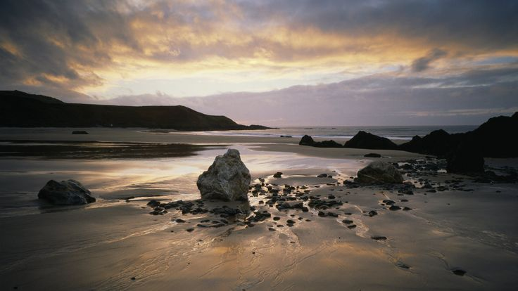 Porthor also known as Whistling Sands, Llŷn Peninsula  © National Trust Images / Joe Cornish