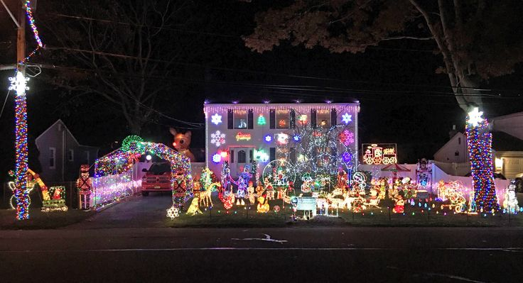 Every year H2Mer Todd Zabbia, his wife Rachel, and his best friend George Curto put on a holiday light show at their home in Ronkonkoma, NY. Each year they accept donations and toys for Mended Hearts, a charity that helps children with heart conditions. This charity is special to them, as it helped George's son, Luke.  Please support this worthy cause, and check out the great show.   The address and additional information can be found on their Facebook page: https://lnkd.in/dUnHXfF