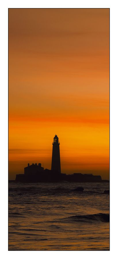 Whitley Bay Sunrise by Andy Robson, via 500px