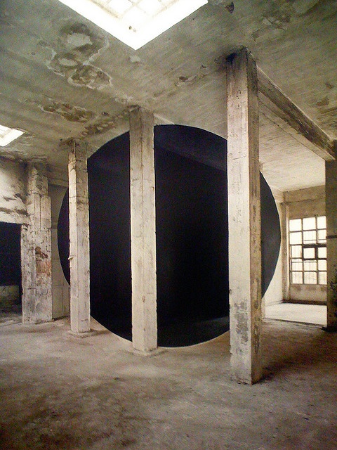 Georges Rousse - Improving an area of abandonment & decay.