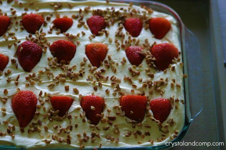 strawberry refrigerator cake for a crowd